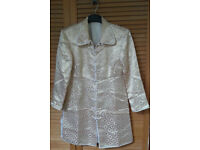 Traditional Chinese Style Mens Lightweight Gold and White Embossed Jacket (Medium/Small size)