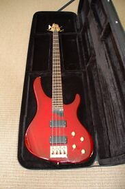 Washburn Bantam Series XB-800 Bass Guitar