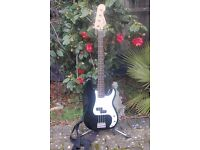 SQUIRE/FENDER P-BASS GUITAR