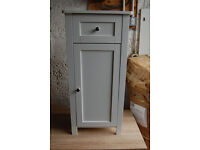 Small Bathroom cabinet / small cupboard / white