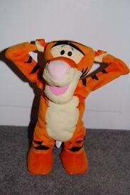 """Fisher Price Disney Tumble Time Tigger 12"""" Cartwheeling Animated Talking Singing Toy"""