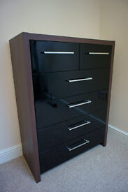 Chest of Drawers in Gloss Black & Walnut BEDROOM FURNITURE WARDROBE 6-DRAWER
