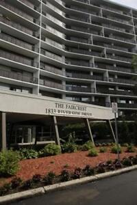 Two Bedroom Suites The Faircrest for Rent - 1833 Riverside Drive