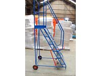 Mobile safety warehouse steps (Blue)