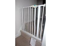 Lindam Easyfit baby gate