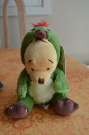 Disney Store Exclusive Pooh Bear as Woodpecker Limited Edition