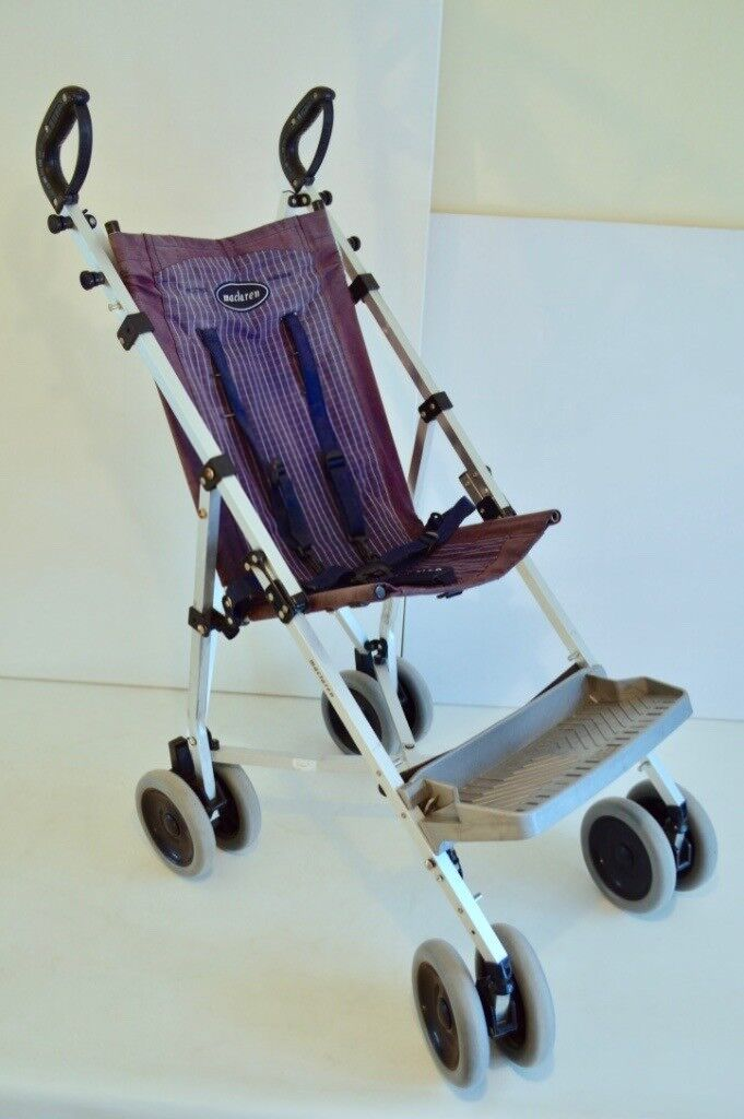 Maclaren stroller in good condition, comes with cosytoes and raincover. From a smoke/pet free home and buyer to collect from the Downend area. Maclaren stroller in good condition, comes with cosytoes and raincover. From a smoke/pet free home and buyer to collect from the Downend area.