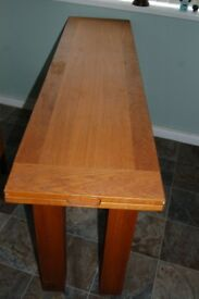 LAURA ASHLEY CONSOLE TABLE OPENS TO DINING TABLE