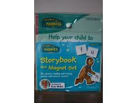 Read Write Inc Phonics Storybook and Magnet Set