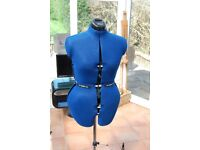 ADJUSTABLE MANNEQUIN TAILORS DUMMY ALTERATIONS