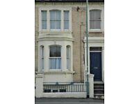 1 Bed, Flat to Rent, large, unfurnished, Clarendon Road, Hove