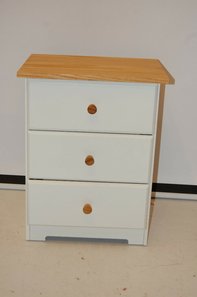 Amazing Capri White Pine Bedroom Furniture 3 Drawer Bedside Cabinet Unit Nightstand In Sighthill Edinburgh Gumtree Download Free Architecture Designs Ferenbritishbridgeorg