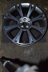 Alloy wheel possibly Jaguar