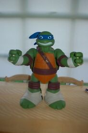 Turtles Mutation Giant Leo Playset - Perfect Condition