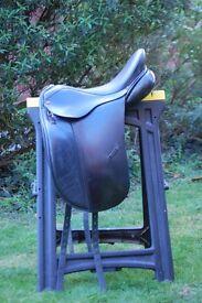 """Albion SL Black 17 1/2"""" Dressage Saddle stamped MW"""