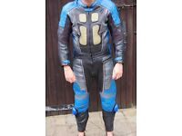 Maakson Men's 2 piece Leather Motorcycling / Motorbike Suit