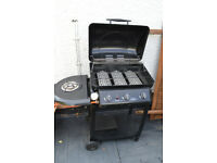 BBQ and 2 reclining garden chairs for sale!
