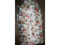 DORMA FLOWERED DOUBLE BEDSPREAD