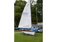 Solo Sailing Dinghy - Ready to Sail