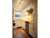 Double room to let in a 3 Bed House