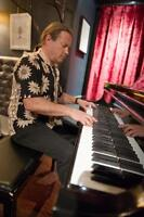 Professional Pianist/organist