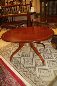 English-Solid-Mahogany-Dinning-Breakfast-Table-with-Pencil-Inlaid-Circa-19th