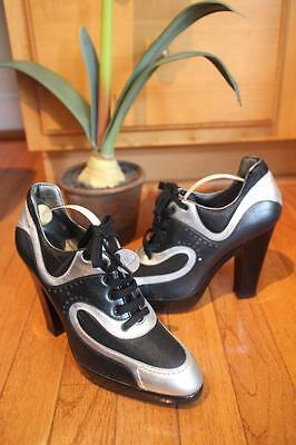 NWOB HOGAN BLACK SILVER LACE UP BOOTIES SHOE SIZE 7.5 (TACO900)