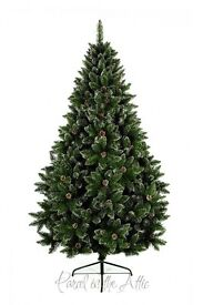 Beautiful artifical Christmas tree with snow and pine cones 6ft6