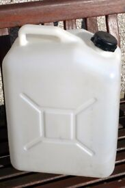 25l Water Carrier (Jerrycan) plastic.