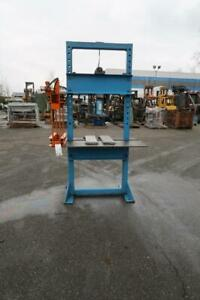 MAGNUM 10 TON Bench Press W/ Hydraulic 20 Ton Jack