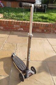 Maxi Micro Scooter (Age 6 - 12)