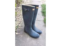 Genuine Hunter wellington boots size 8 navy blue