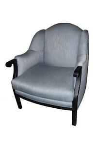 FAUTEUILS - ARM-CHAIRS