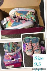 Girls Skechers twinkle toes 9.5