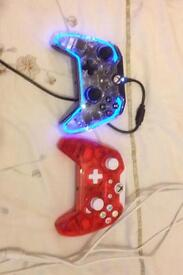 2 wired Xbox one controllers