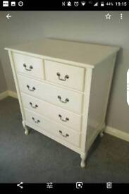 Chest of drawers (quick sale, must go)