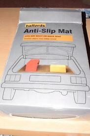 Anti slide boot mat