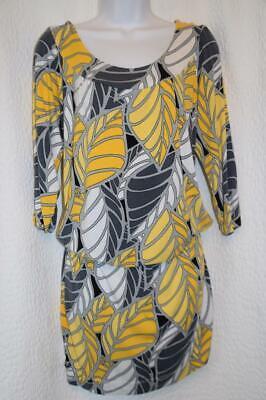 BCBG maxazria - sz M - MOD drop waist Knit Print Dress YELLOW & GRAY print Bcbg Knit Dress