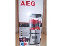 Blender AEG SB7500 7 Series New still boxed.