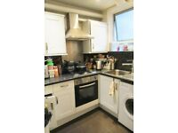 First Floor 1 Bed Flat to Rent, Commercial Road, Poplar E14