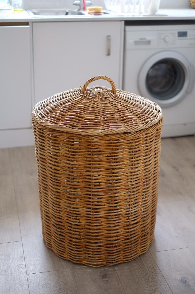 Large Whicker Laundry Basket