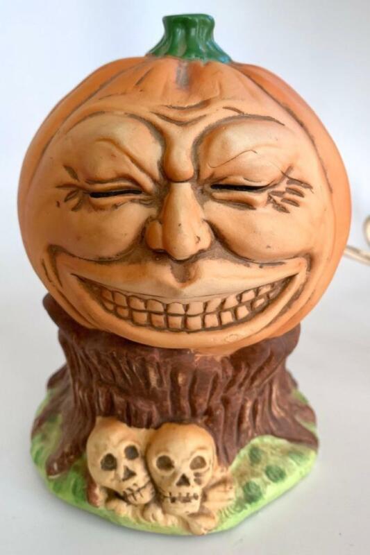 Vintage 1988 Enesco Halloween Anthopomorphic Laughing Pumpkin Light Figure