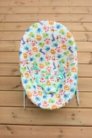 Baby bouncer chair - hardly used