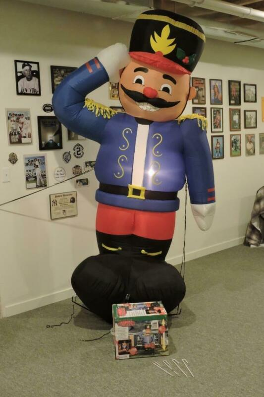Gemmy 2002 Tin Soldier Christmas Inflatable 8 Foot