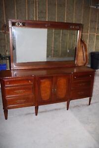 Vintage Mahogany Two-Tone Dresser & Mirror