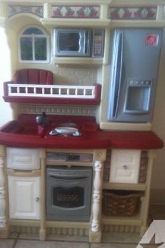 Little Tikes Step 2 Kitchen In Good Condition In Neilston Glasgow Gumtree