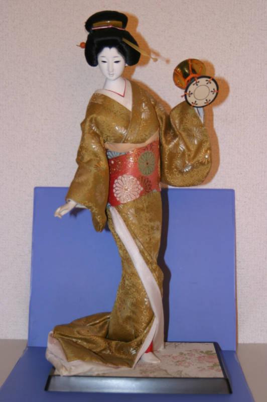 JAPANESE DOLL Geisha Tsuzumi 14