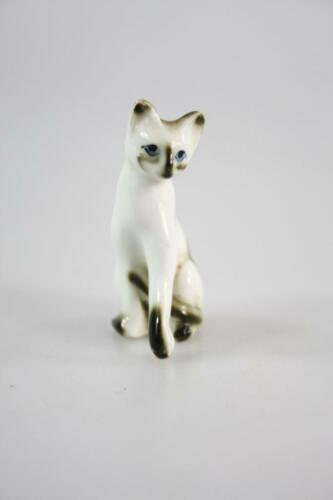 VINTAGE FINE BONE CHINA PORCELAIN FIGURE PERSIAN CAT