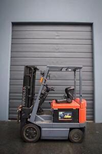 Toyota 5FBCU20 Forklift 4,000lbs Lift Capacity