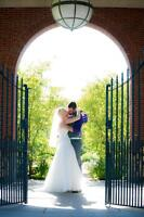 Experienced Wedding and Portrait Photographer